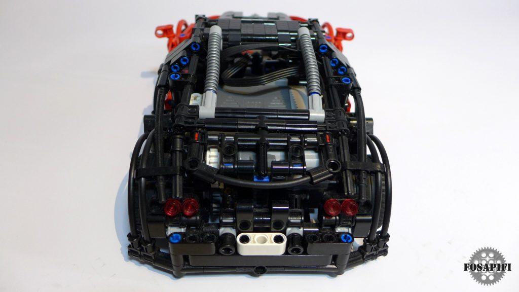 Bugatti Veyron 16.4 - LEGO Technic Creations by FOSAPIFI